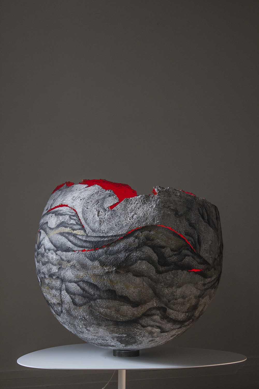 roubens-sanzache-contemporary-abstract-organic-vegetal-dynamic-art-graffiti-paint-sculpture-concrete-lighting-egg_13